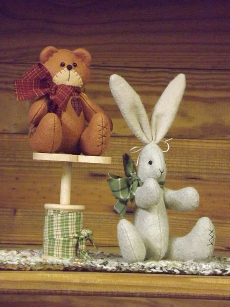 Time Worn Bear And Bunny - Countryside Crafts Felt Pattern