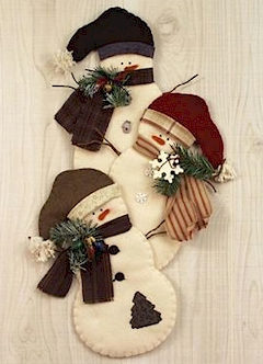 Snowman Trio Wallhanging - Countryside Crafts Felt Pattern