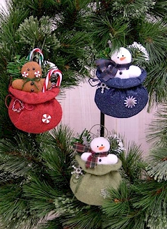 Goodies From Santa Ornaments - Countryside Crafts Felt Pattern
